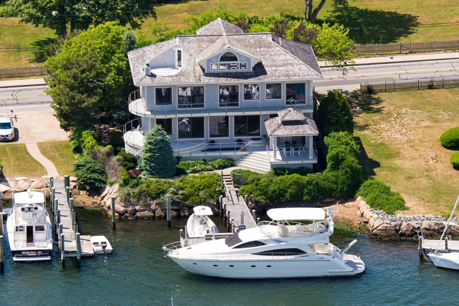 sales property at Yacht Owner's Paradise
