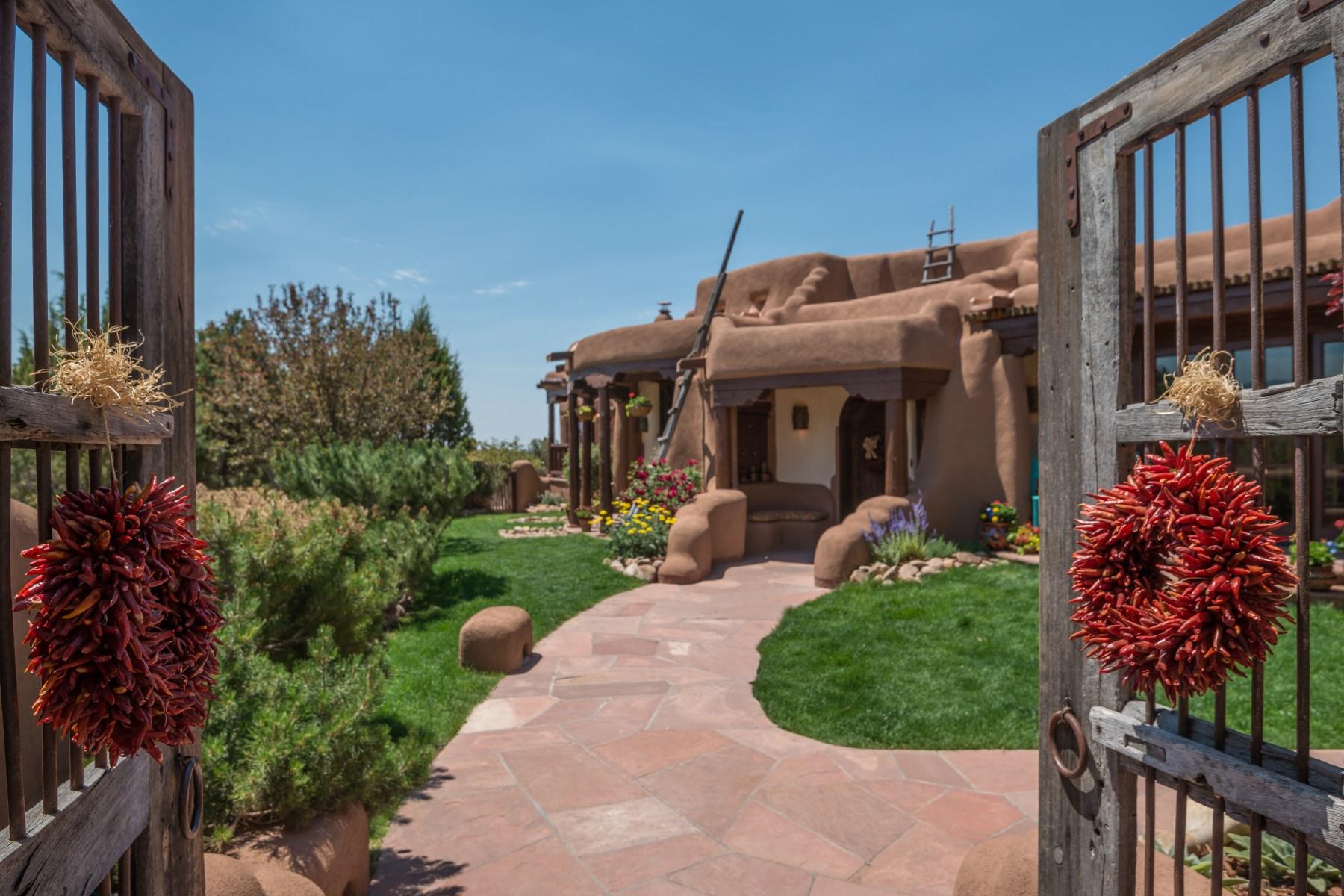 Maison unifamiliale pour l Vente à 18 Green Meadow Loop Las Campanas & Los Santeros, Santa Fe, New Mexico, 87506 États-Unis