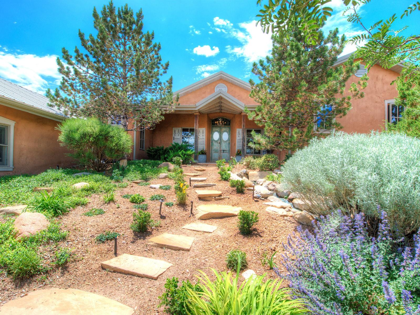 Single Family Home for Sale at 39 Yana Drive Santa Fe, New Mexico 87506 United States