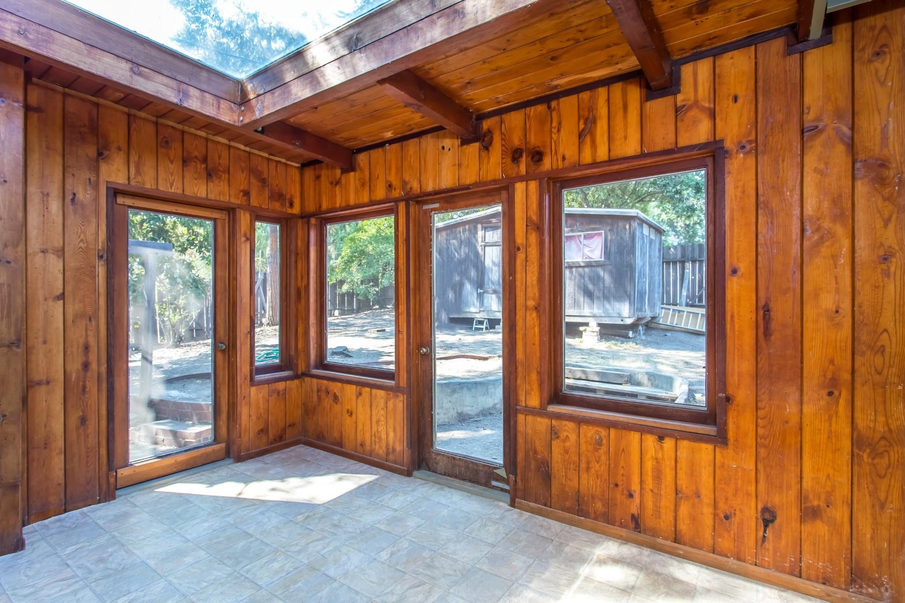 Property Of Charming Rustic Topanga Retreat