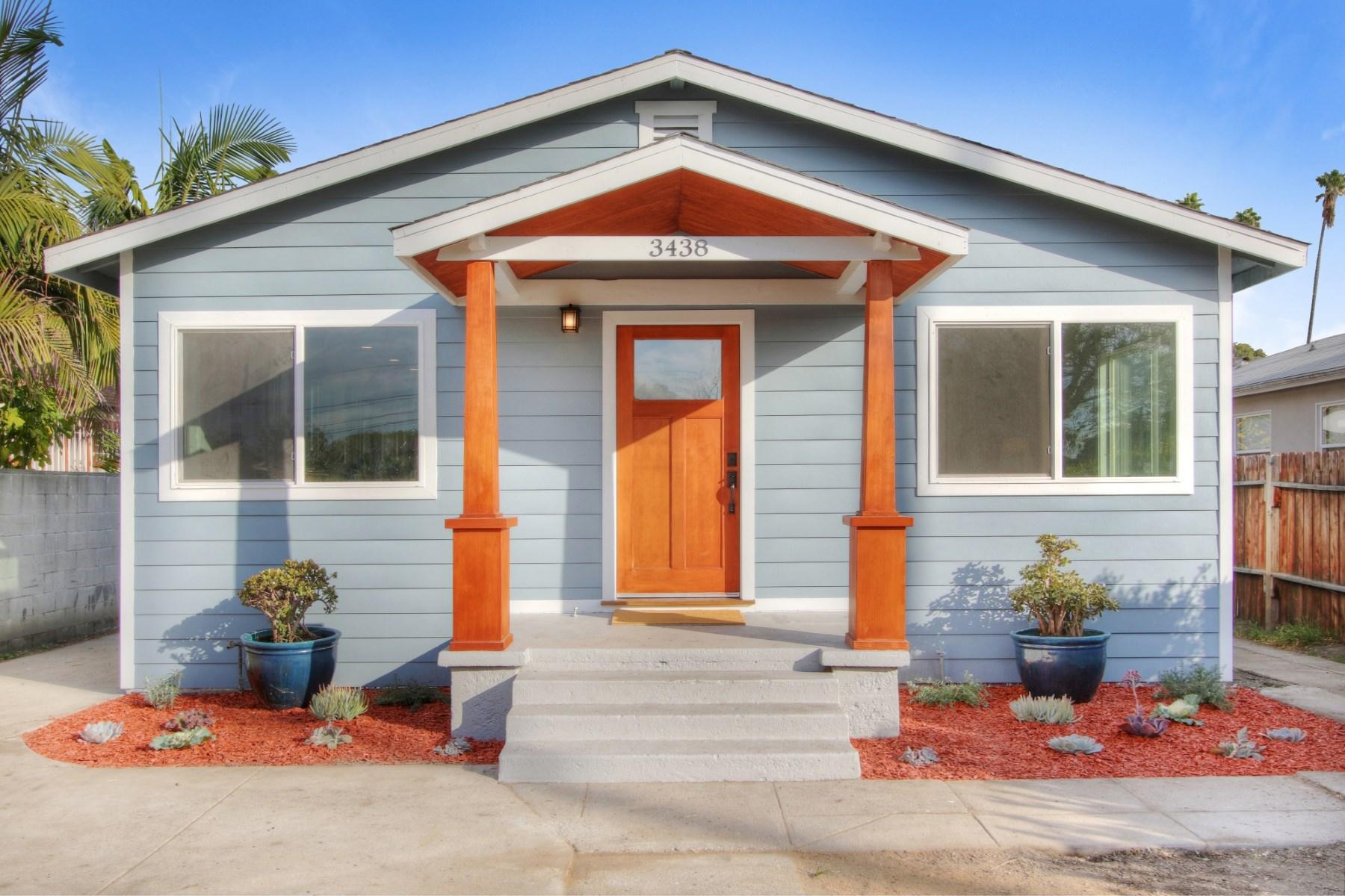 Vivienda unifamiliar por un Venta en 3438 10th Avenue Los Angeles, California 90018 Estados Unidos