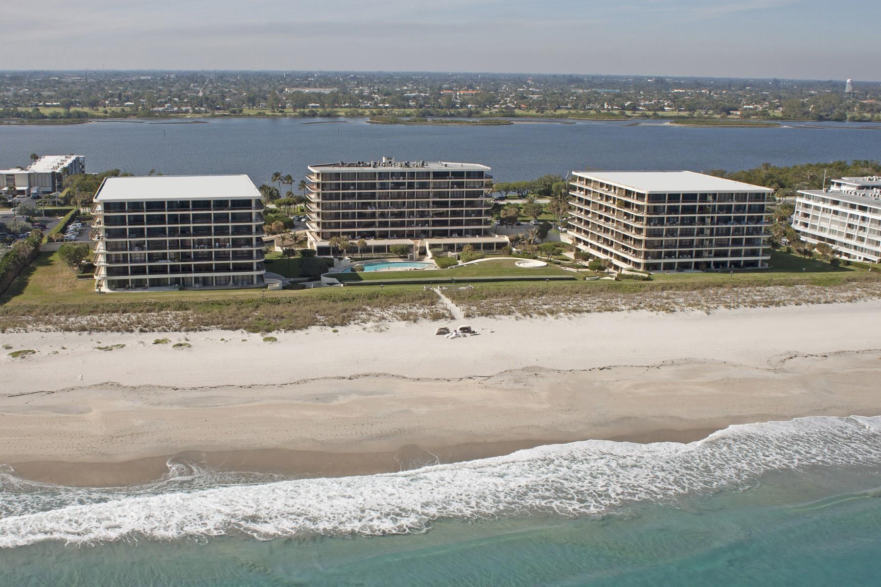 共管式独立产权公寓 为 销售 在 Oceanfront Condo with Tennis 2660 S Ocean Blvd 305 S Palm Beach, 佛罗里达州 33480 美国