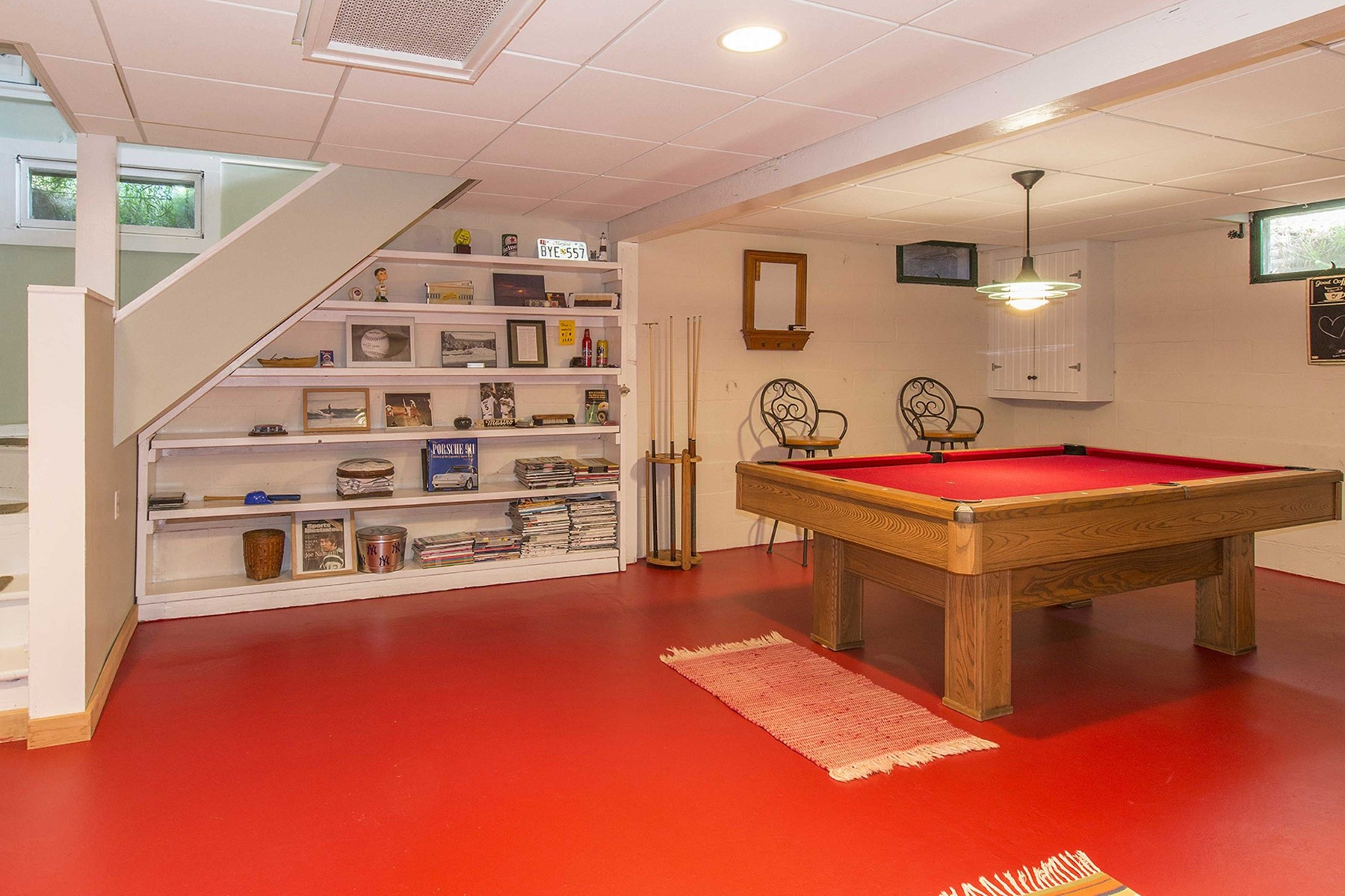 Property Of Lovely East Hampton Cottage with Pool