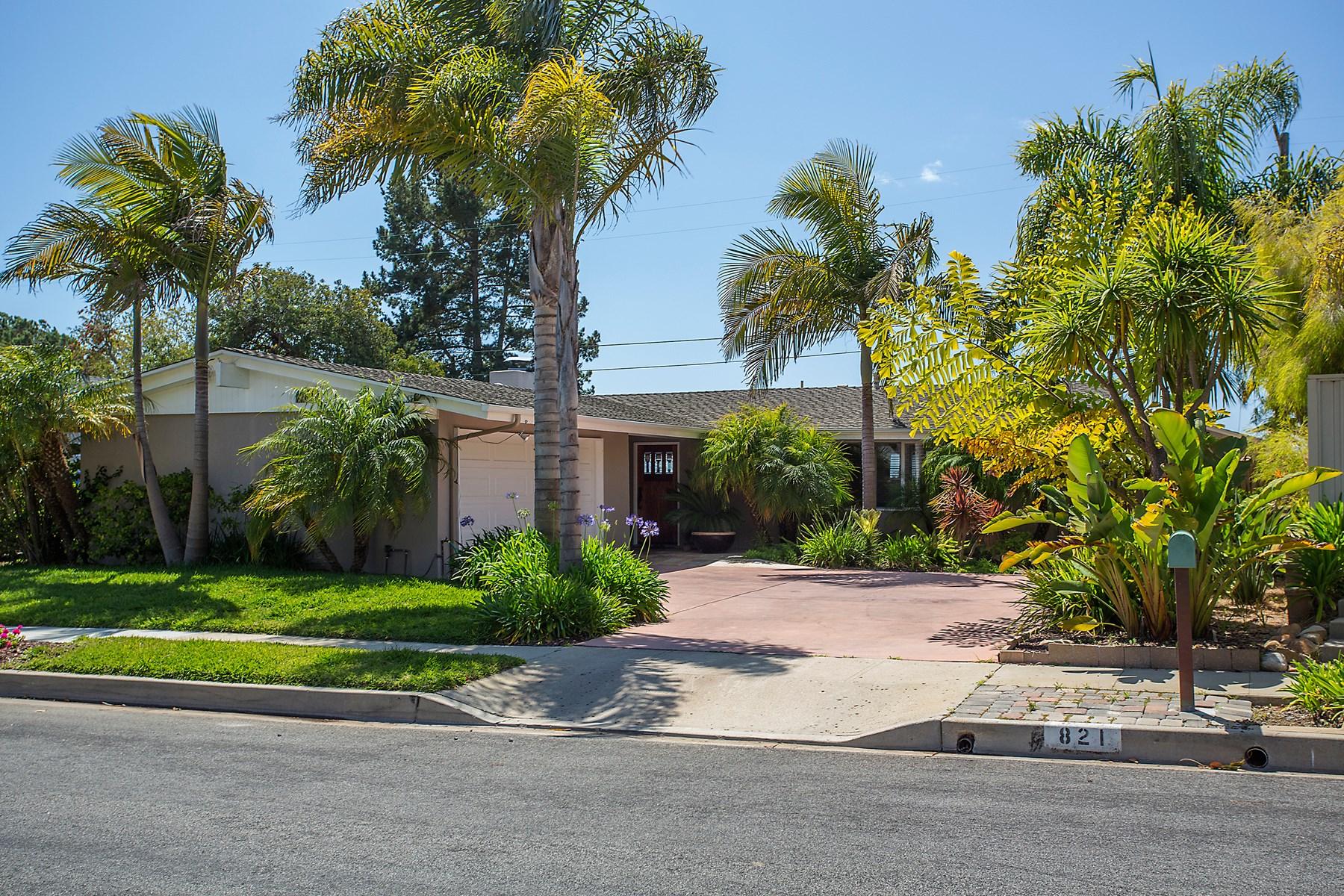 独户住宅 为 销售 在 Tranquility on the Mesa 821 Margo Street 圣巴巴拉市, 加利福尼亚州, 93109 美国