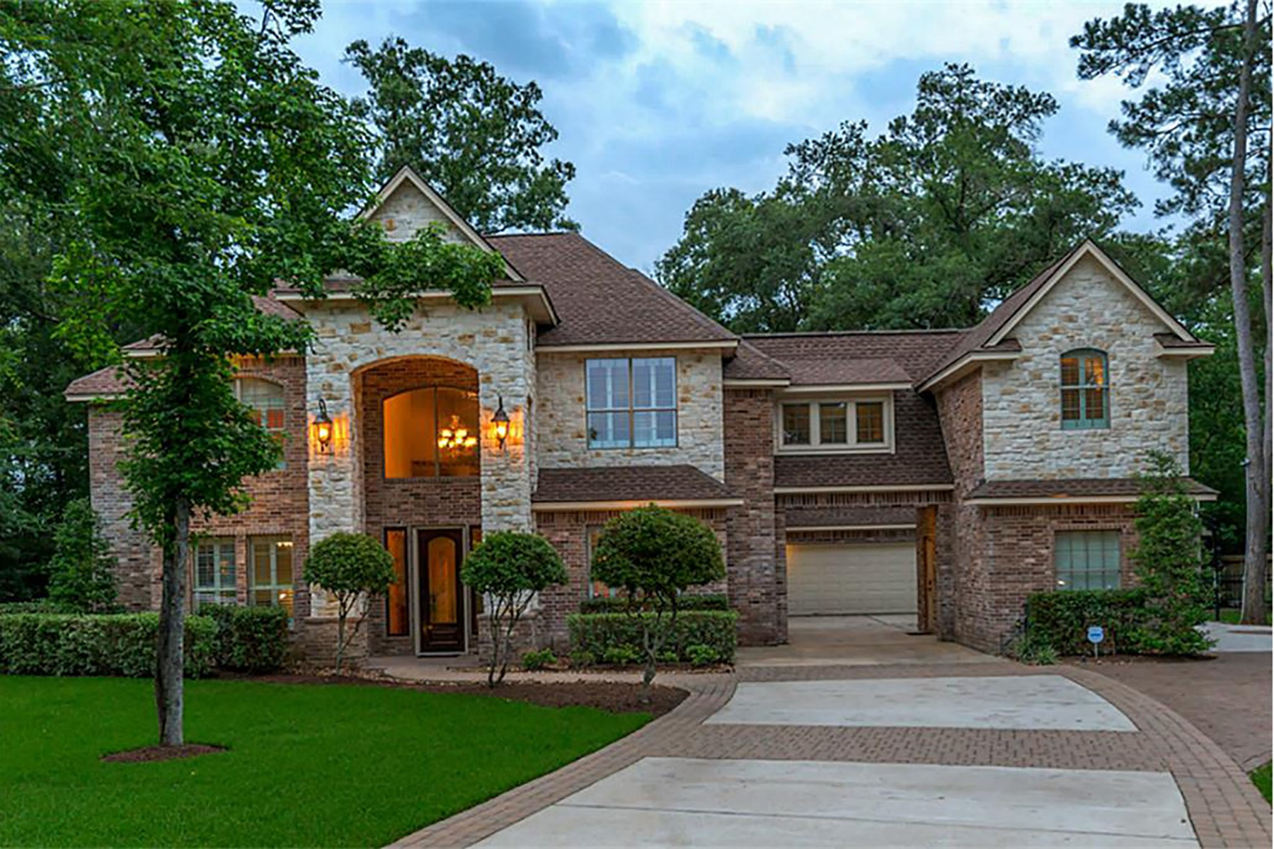 Single Family Home for Sale at 10434 Clubhouse Circle Magnolia, Texas 77354 United States