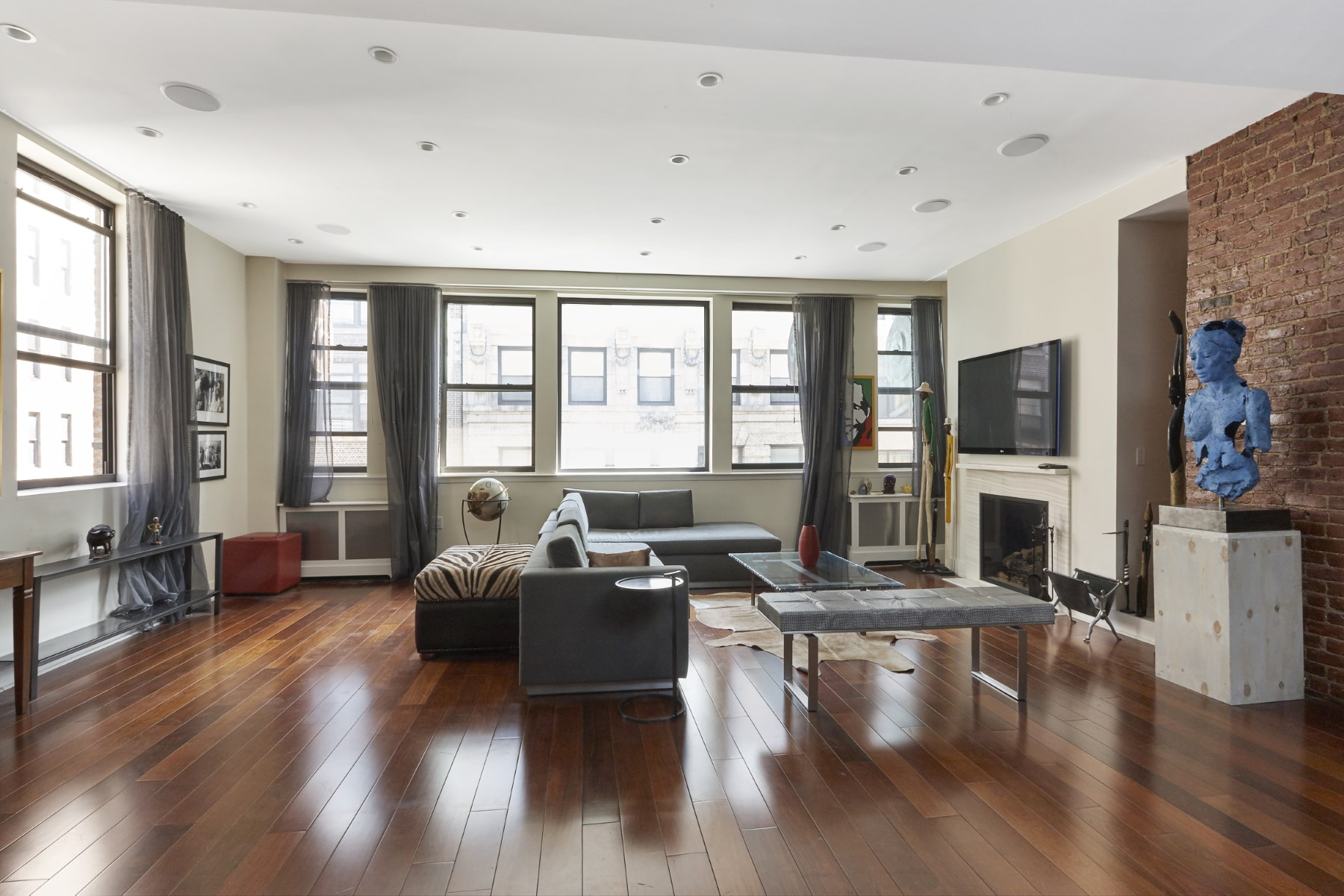 rentals property at 15 West 17th Street - PH