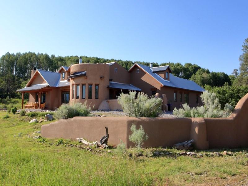 Nhà ở một gia đình vì Bán tại Lakes on the Chama Chama, New Mexico 87520 Hoa Kỳ