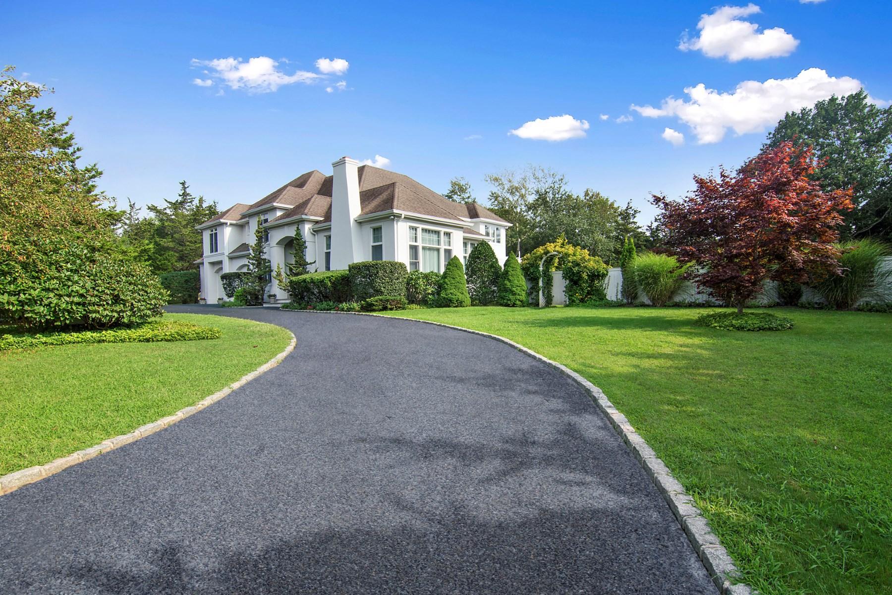 獨棟家庭住宅 為 出售 在 Southampton Village Estate 624 Hill Street Southampton, 紐約州, 11968 美國