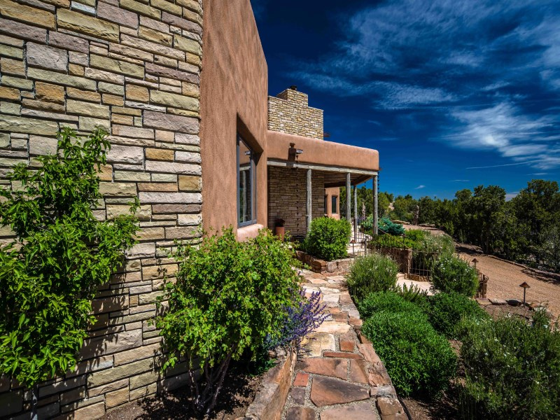 Single Family Home for Sale at The Emerald Home 2962 Broken Sherd Trail Monte Sereno, Santa Fe, New Mexico 87506 United States
