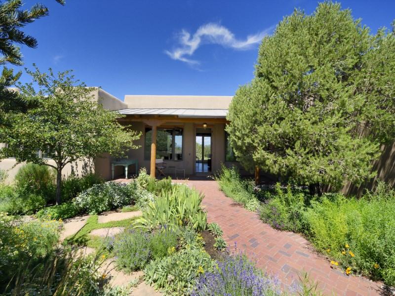 Single Family Home for Sale at 509 Camino Los Altos Santa Fe City Northeast, Santa Fe, New Mexico 87501 United States