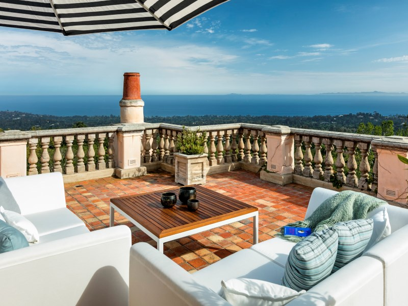 Single Family Home for Sale at Hot Springs Road 985 Hot Springs Road Montecito, California 93108 United States