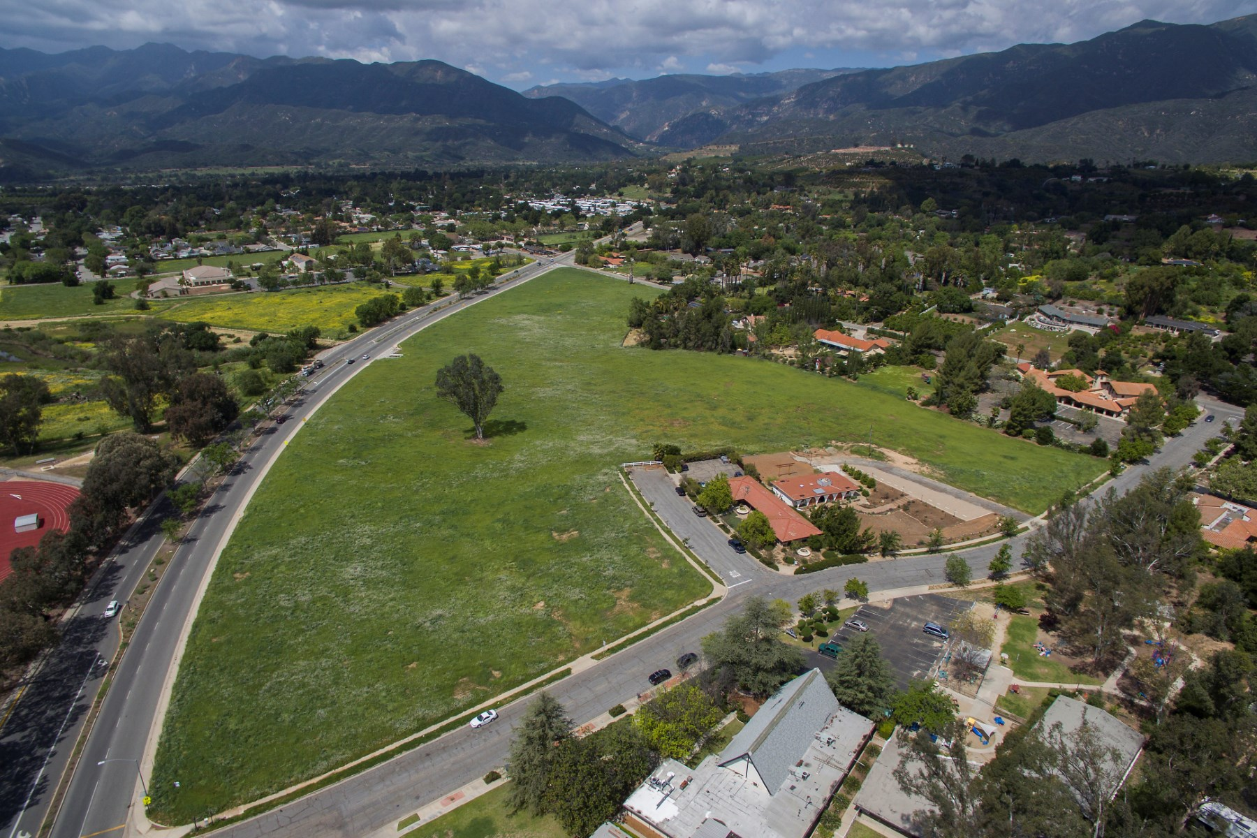 Land for Sale at Grantwoods Property Maricopa Hwy Ojai, California 93023 United States