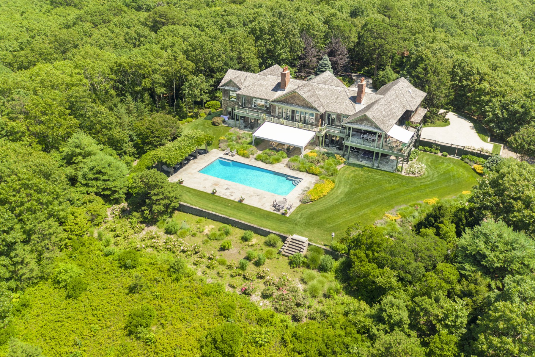 Maison unifamiliale pour l Vente à Magnificent Estate with Bay Views Water Mill, New York, 11976 États-Unis