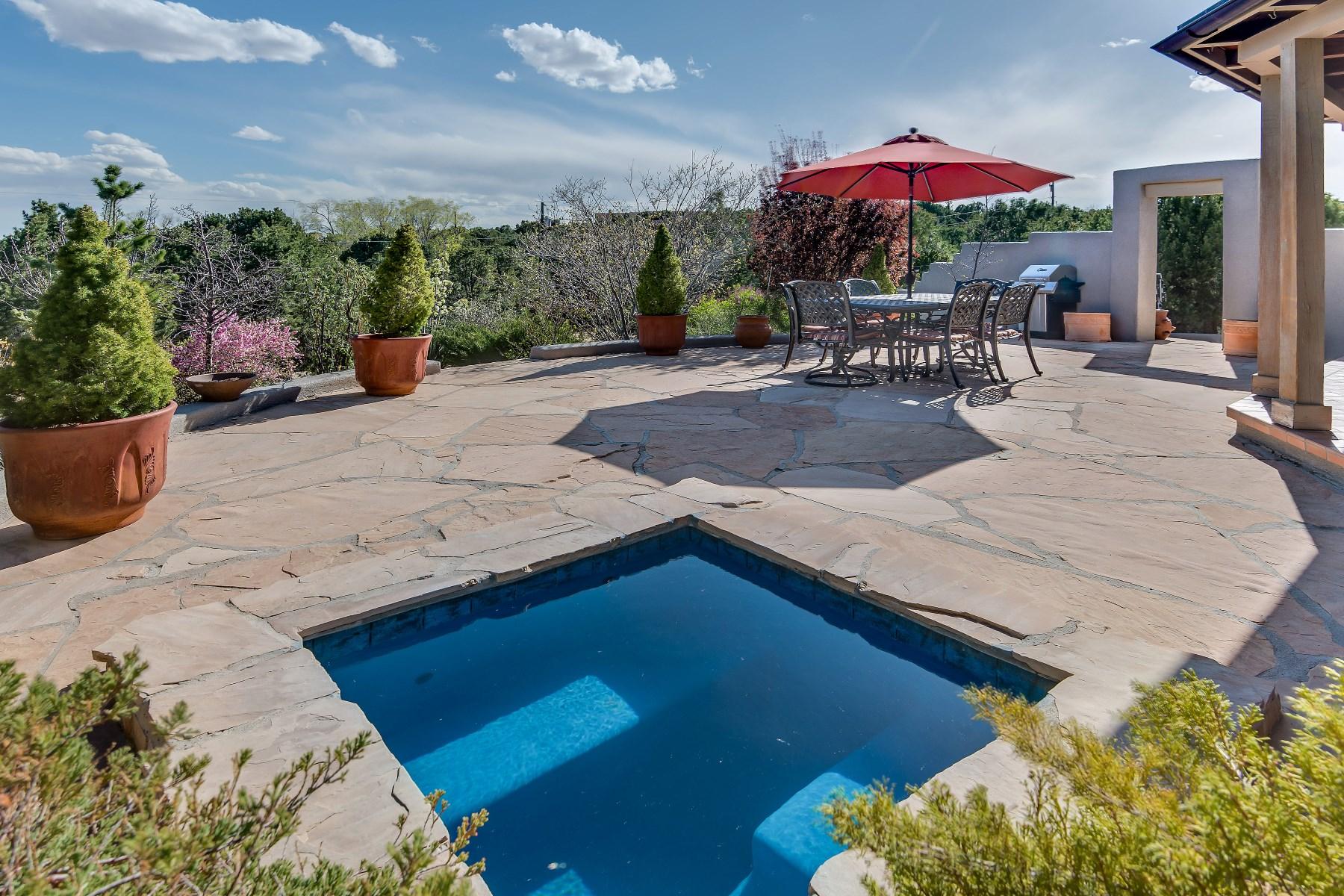 Casa para uma família para Venda às 301 Pinos Verdes 301 Pinos Verdes St Santa Fe, Novo México 87501 Estados Unidos