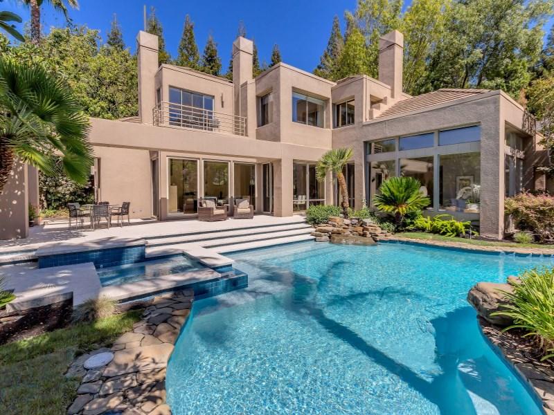 Maison unifamiliale pour l Vente à Sleek and Contemporary Masterpiece 4257 Golden Oak Ct Danville, Californie 94506 États-Unis