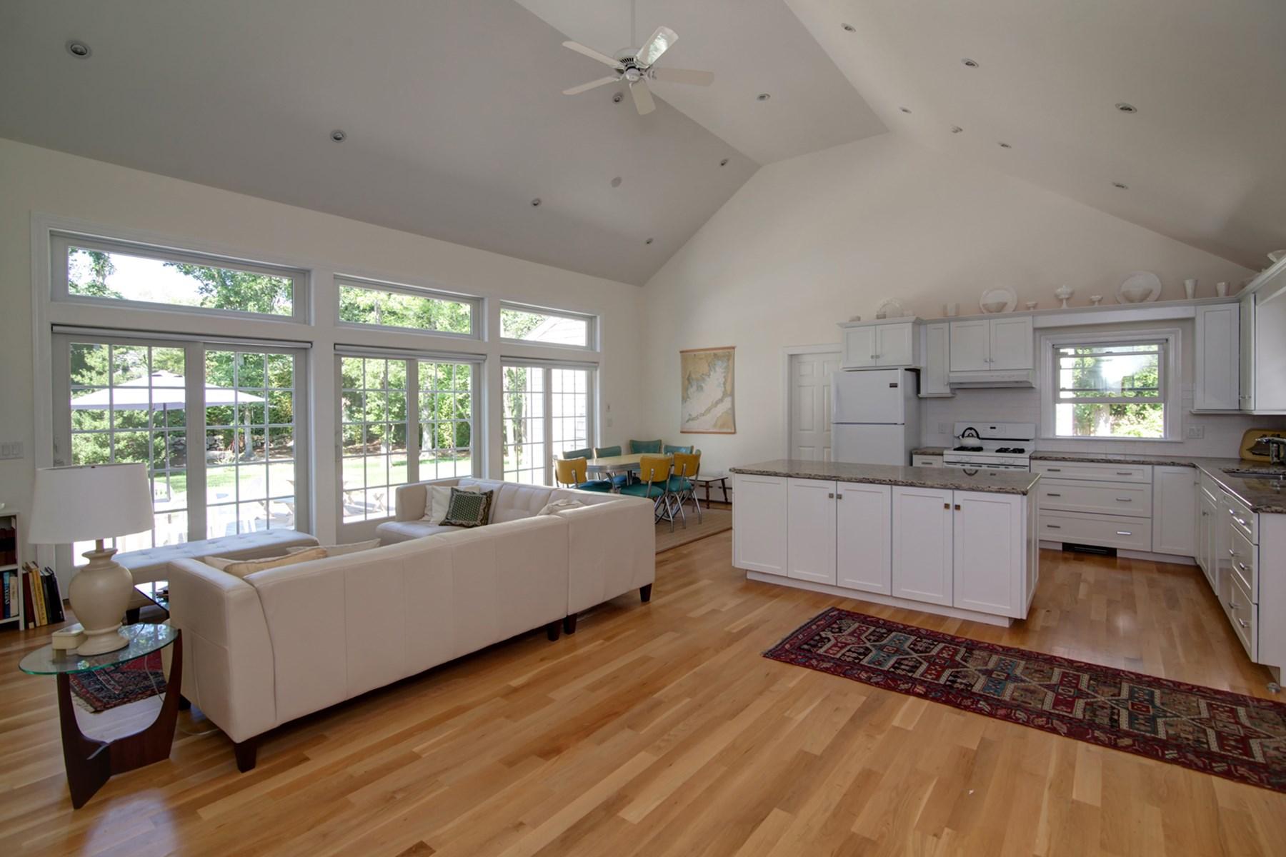 Property Of Beautiful Ranch in Seaside Community