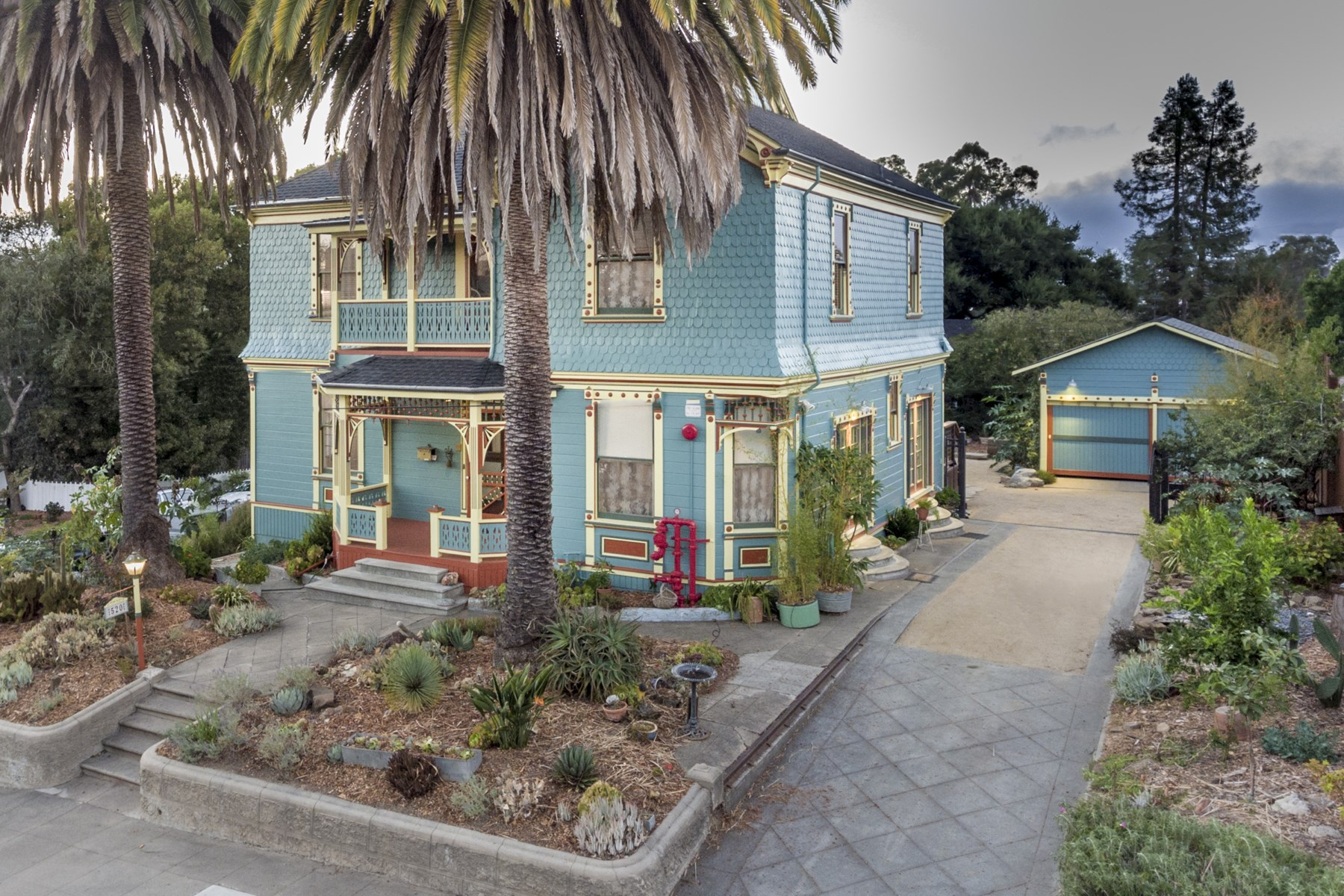 Single Family Home for Sale at Artfully Renovated Victorian 520 Galland St Petaluma, California 94952 United States