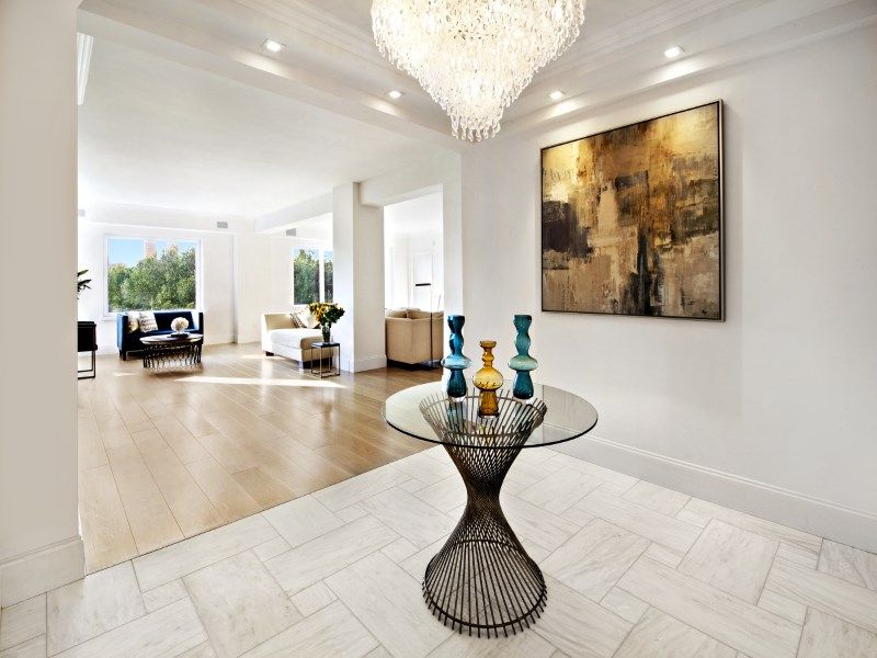 Cooperativa por un Venta en 880 Fifth Avenue, Apt 9BC 880 Fifth Avenue Apt 9bc Upper East Side, New York, Nueva York 10021 Estados Unidos