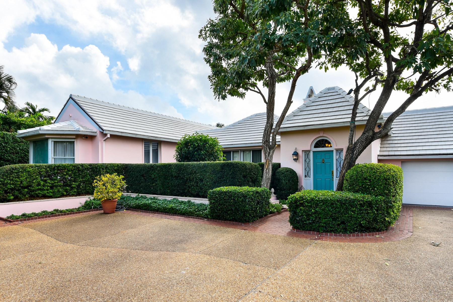 一戸建て のために 売買 アット Elegant North End Bermuda 232 Coral Ln North End, Palm Beach, フロリダ 33480 アメリカ合衆国