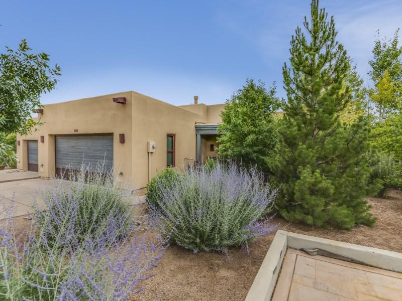 Maison unifamiliale pour l Vente à 1618 Villa Strada Santa Fe City Northwest, Santa Fe, New Mexico 87506 États-Unis