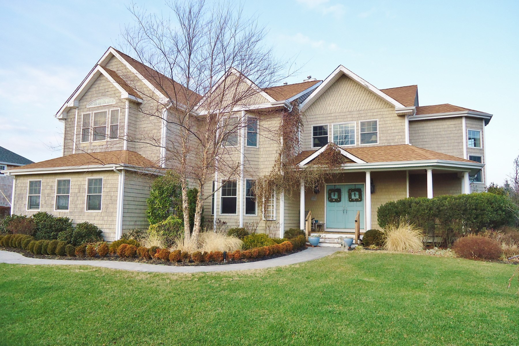 Single Family Home for Rent at Close to everything in Southampton Southampton, New York, 11968 United States