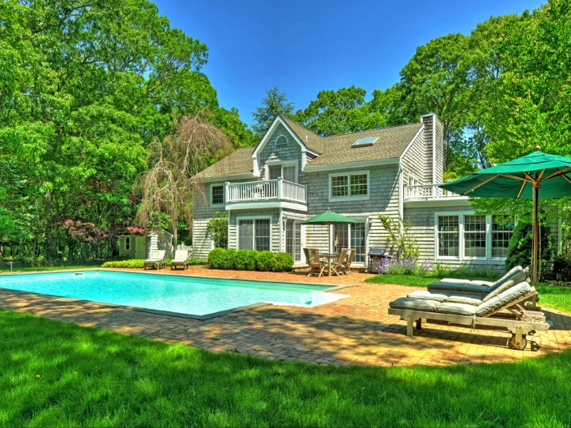 Single Family Home for Sale at Beautiful Bell Estate 175 Cross Hwy To Devon Amagansett, New York 11930 United States