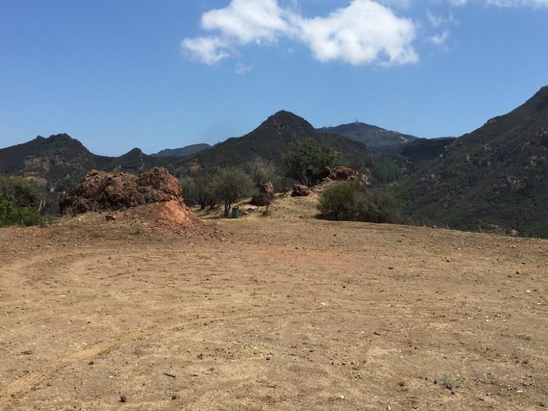 Terreno por un Venta en Bluff Top Parcel 31803 Lobo Canyon Road Agoura, California 91301 Estados Unidos