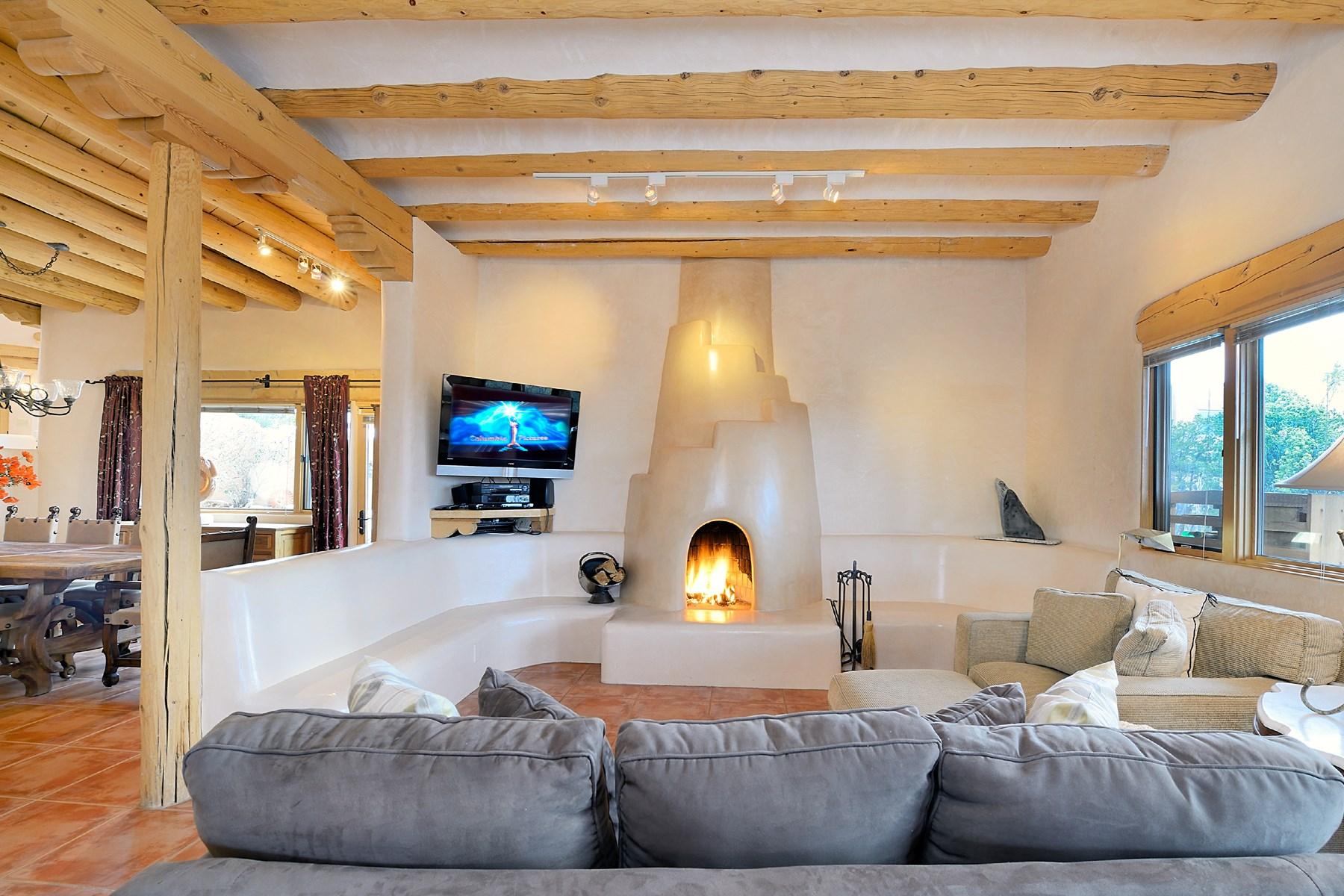 Single Family Home for Sale at 806 Paseo de la Cuma Santa Fe, New Mexico, 87501 United States