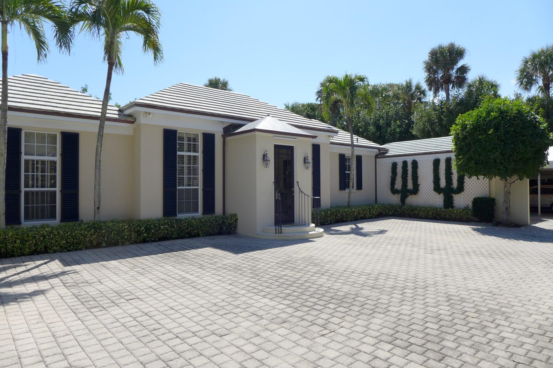 独户住宅 为 销售 在 Jupiter Island Retreat 142 S Beach Rd Hobe Sound, 佛罗里达州, 33455 美国