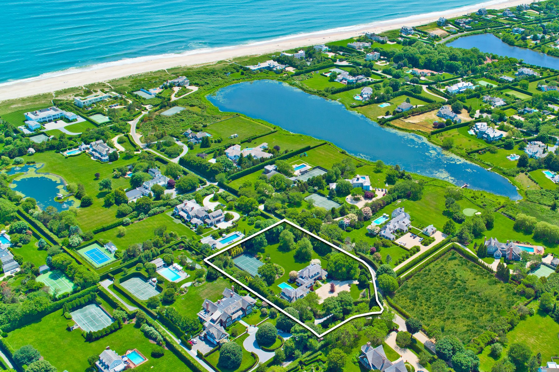 Single Family Home for Sale at Southampton Estate with Ocean Access Southampton, New York, 11968 United States