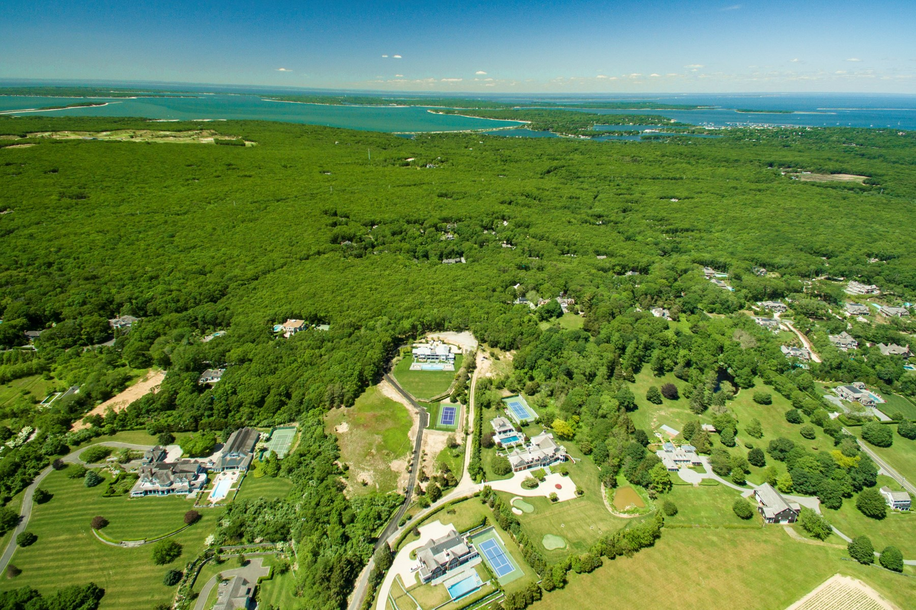 Terreno por un Venta en 96 Day Lily Lane, Bridgehampton, NY Bridgehampton North, Bridgehampton, Nueva York, 11932 Estados Unidos