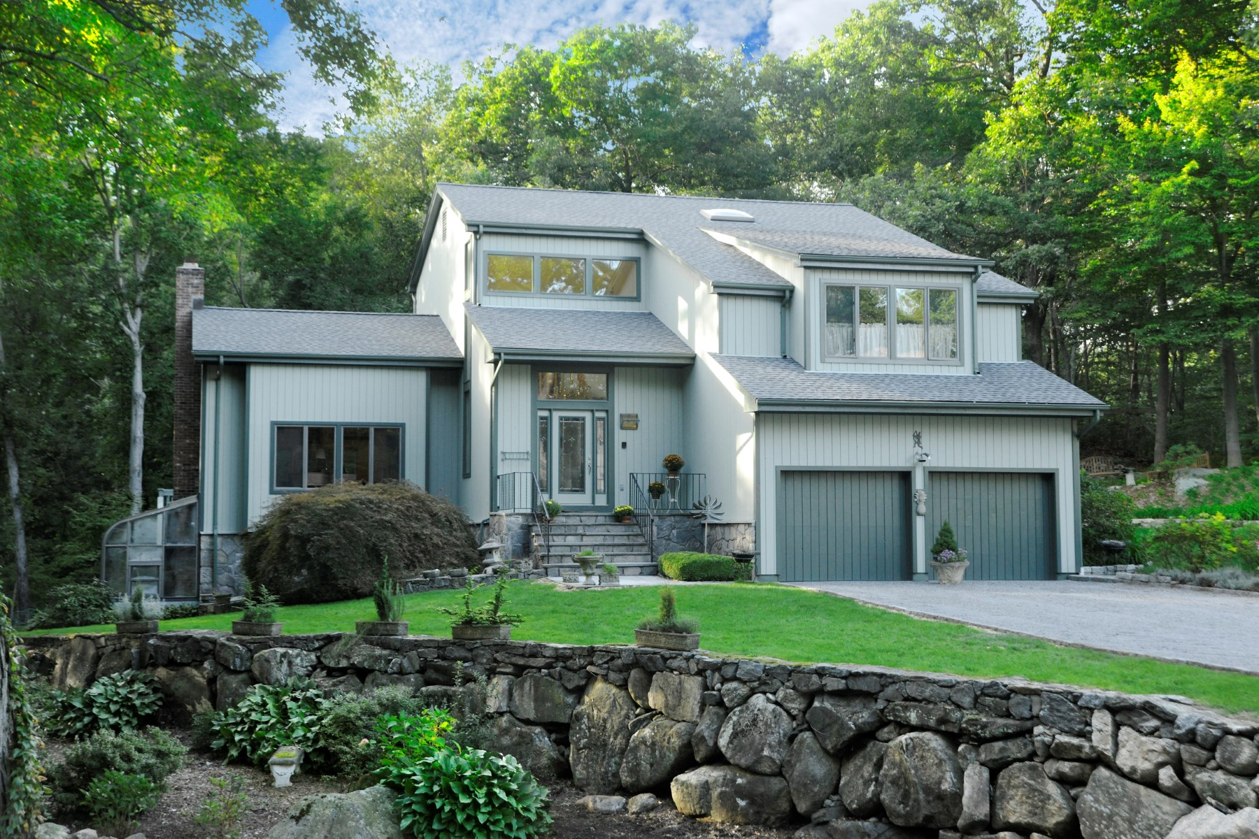 sales property at 451 Cognewaugh Road, Greenwich CT