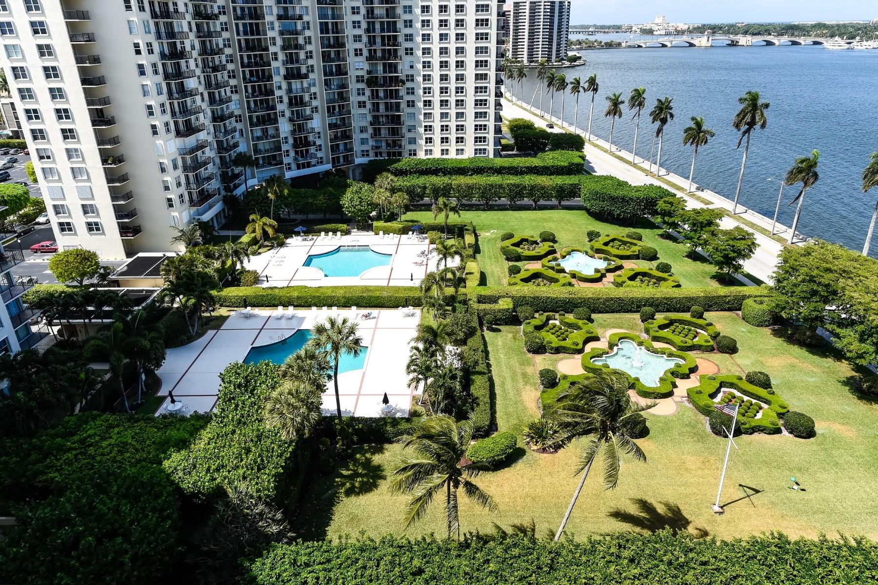 コンドミニアム のために 売買 アット Beautifully Upgraded Two Bedroom Condo 1801 S Flagler Dr Apt 1204 West Palm Beach, フロリダ, 33401 アメリカ合衆国