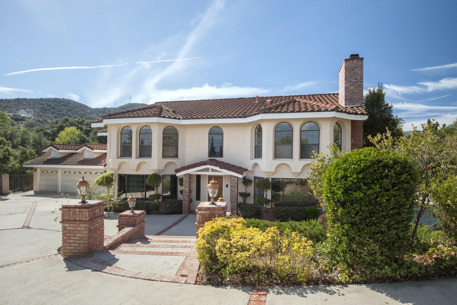 Moradia para Venda às www.328ScarboroughSt.com 328 Scarborough Street Thousand Oaks, Califórnia 91361 Estados Unidos