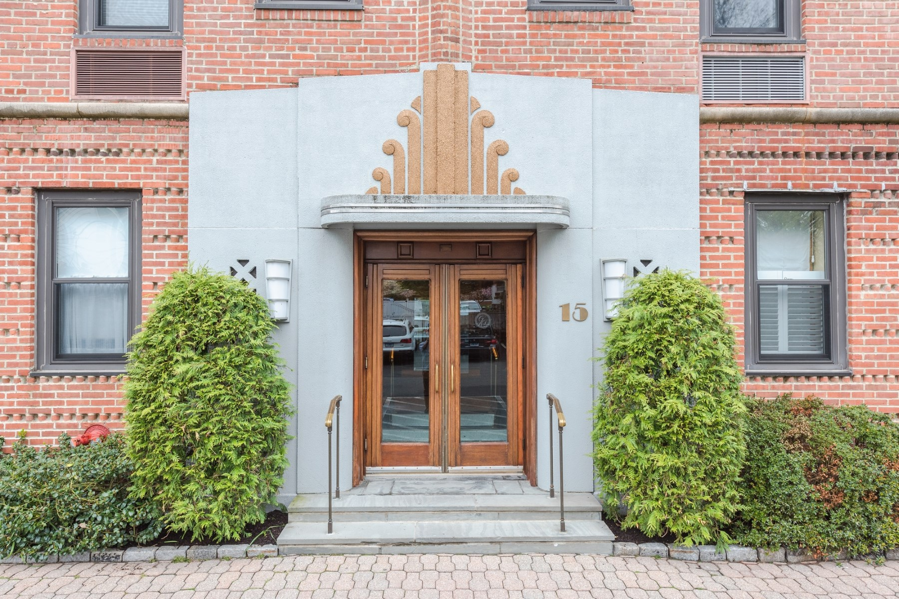 Condominium for Sale at 15 Lafayette Court Unit 1d, Greenwich CT 15 Lafayette Court, Unit 1d Central Greenwich, Greenwich, Connecticut, 06830 United States