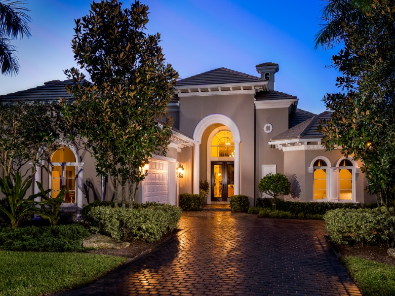 Nhà ở một gia đình vì Bán tại Medalist Club 9651 Se Sandpine Ln Hobe Sound, Florida 33455 Hoa Kỳ
