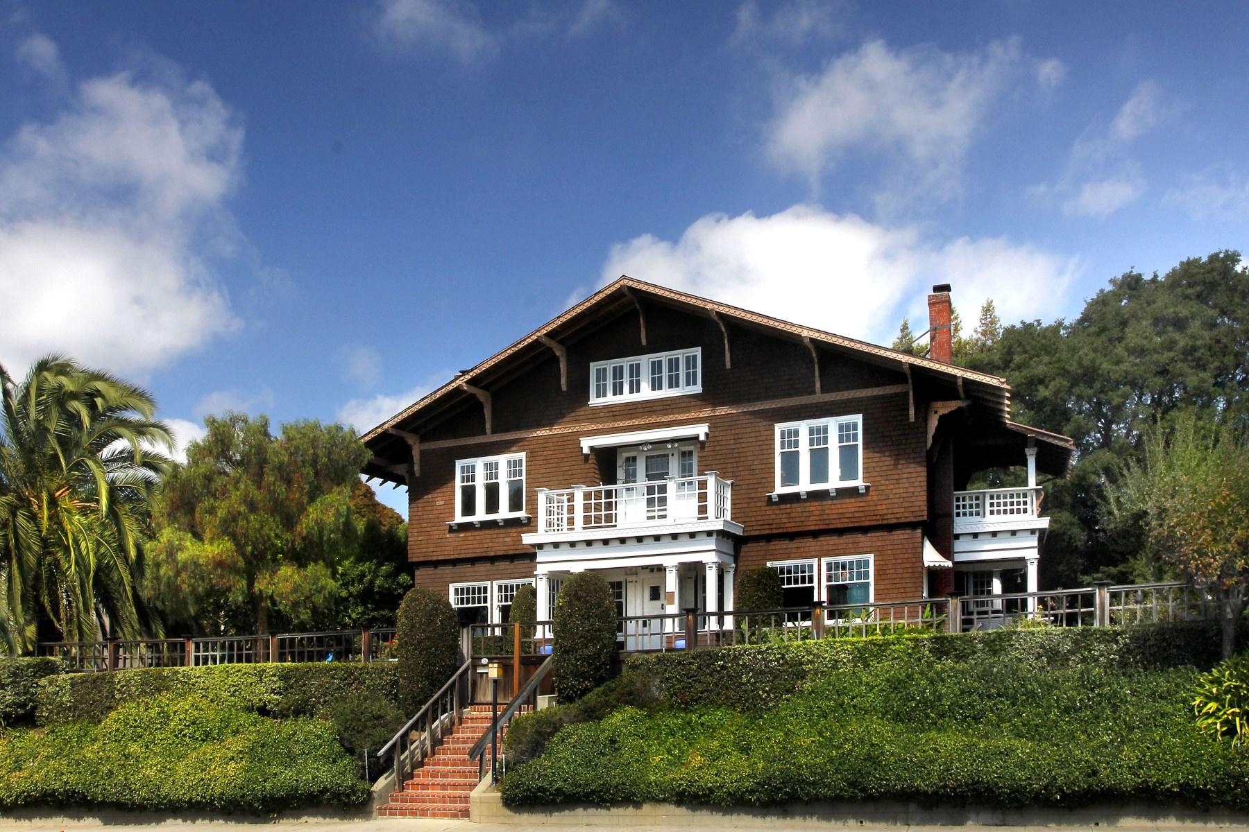 Casa Unifamiliar por un Venta en Julia Morgan Original 728 Capitol St Vallejo, California, 94590 Estados Unidos