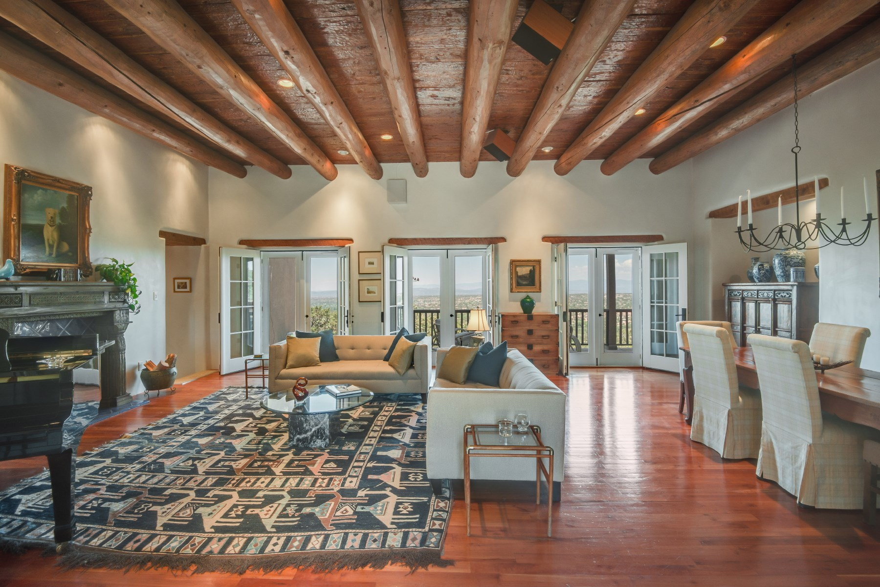 Maison unifamiliale pour l Vente à 751 Canada Ancha Santa Fe, New Mexico, 87501 États-Unis