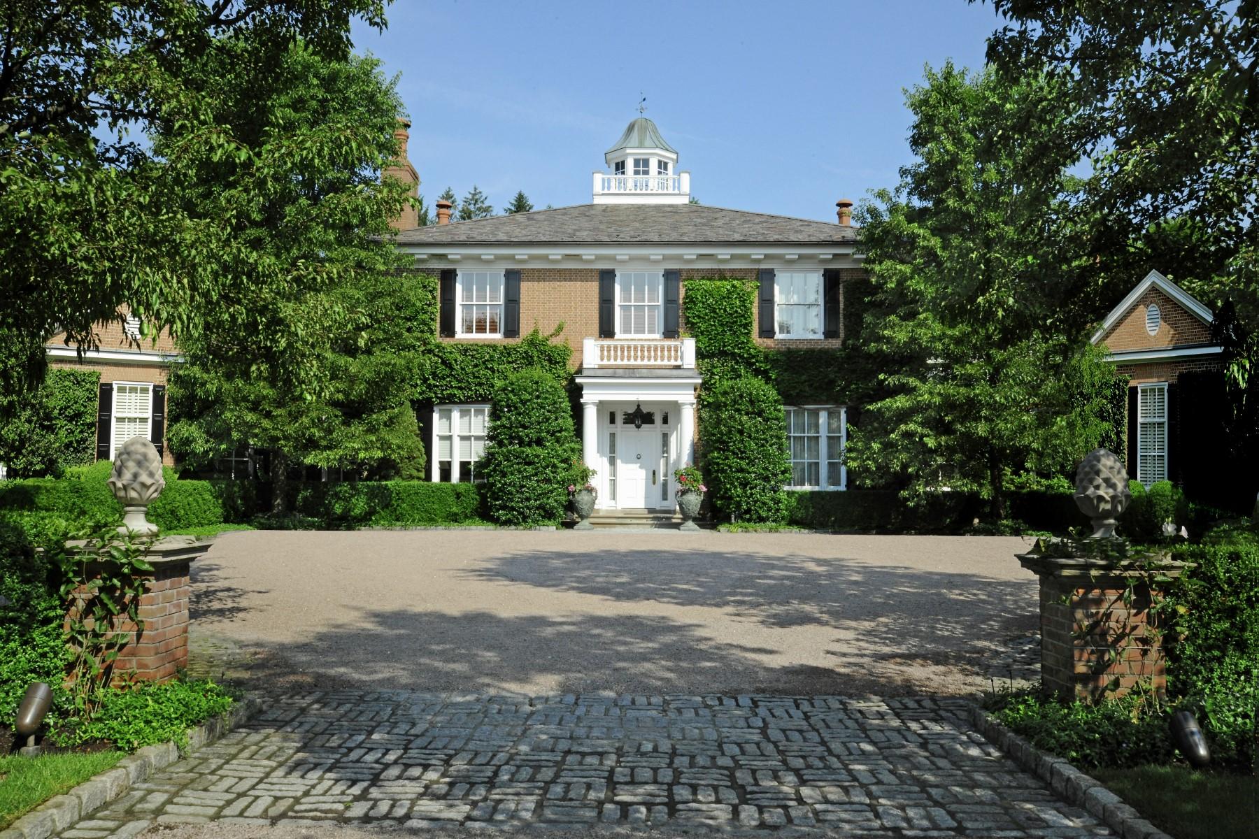 Einfamilienhaus für Verkauf beim Andrews Farm 16 Andrews Farm Road Greenwich, Connecticut 06831 Vereinigte Staaten
