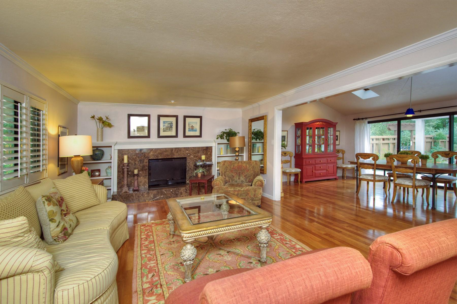Einfamilienhaus für Verkauf beim Sonoma Country Property 21235 Hyde Rd Sonoma, Kalifornien 95476 Vereinigte Staaten