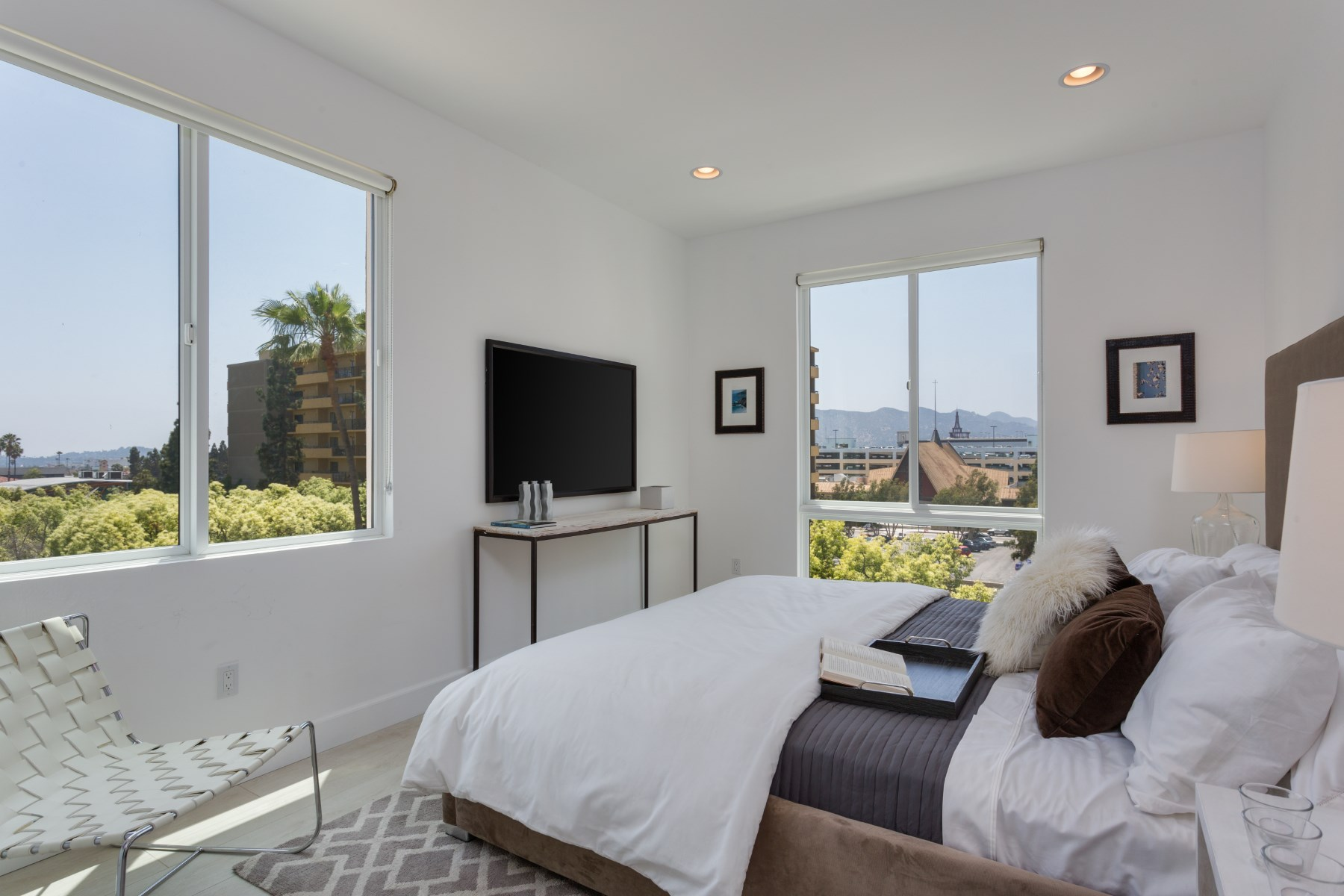 sales property at New Luxury Kenwood Terrace - Glendale