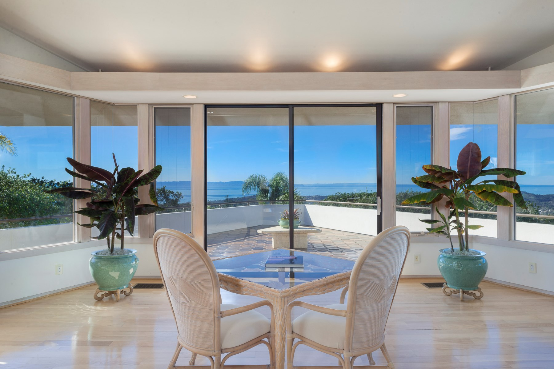 Single Family Home for Sale at 360° Views Santa Barbara 2211 Mount Calvary Road Santa Barbara, California 93105 United States