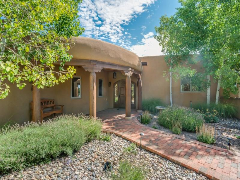 Maison unifamiliale pour l Vente à 9 Sand Sage East 9 E Sand Sage Santa Fe, New Mexico 87506 États-Unis