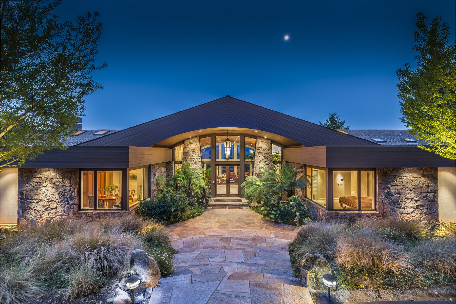 Single Family Home for Sale at Stunning Bennett Valley Estate Santa Rosa, California, 95404 United States