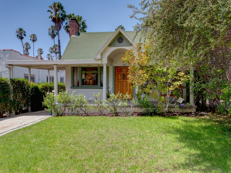 Single Family Home for Sale at 1423 Coronado Terrace Silver Lake, Los Angeles, California 90026 United States