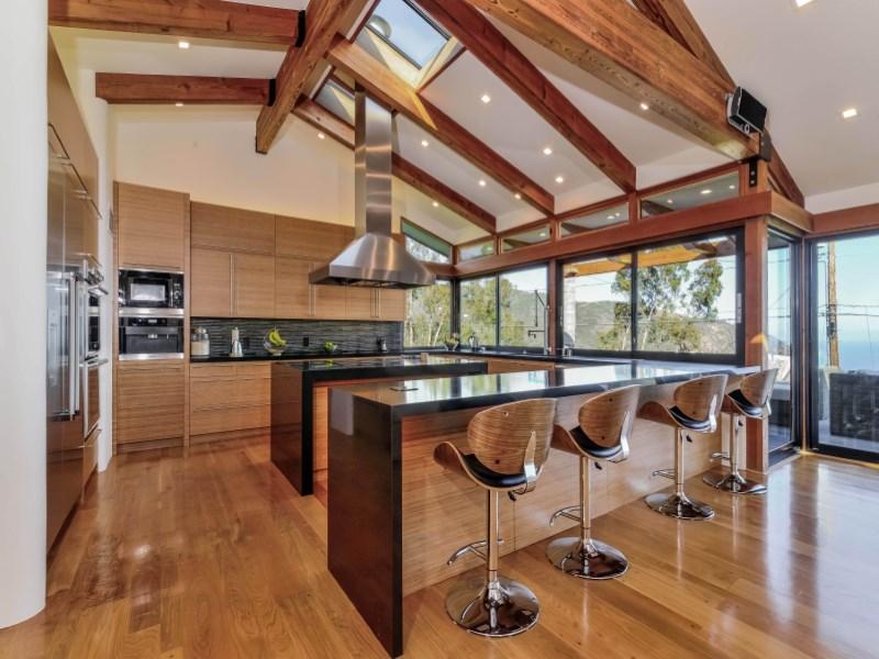 Villa per Vendita alle ore Modern Solar Contemporary By The Sea 21732 Castlewood Drive Malibu, California 90265 Stati Uniti
