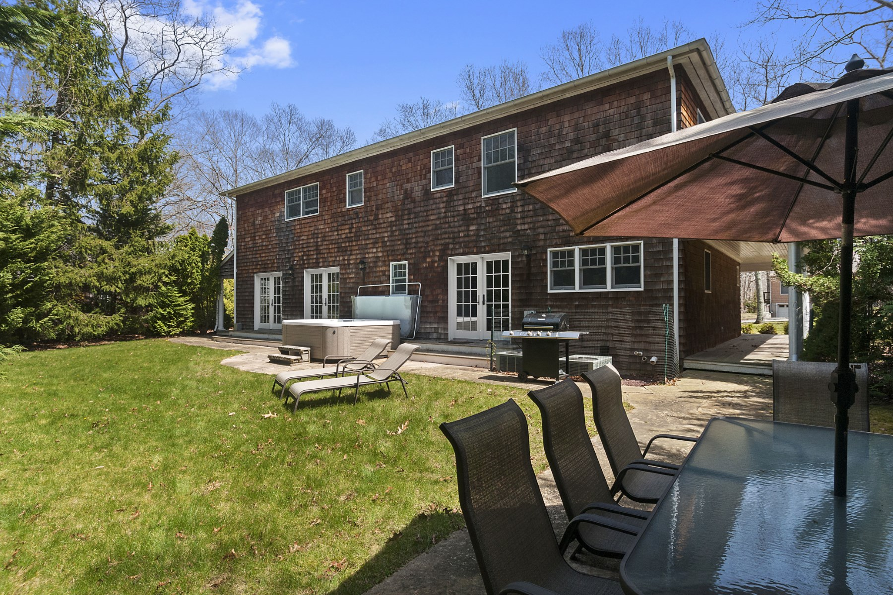 Property Of Fresh Traditional in Sag Harbor