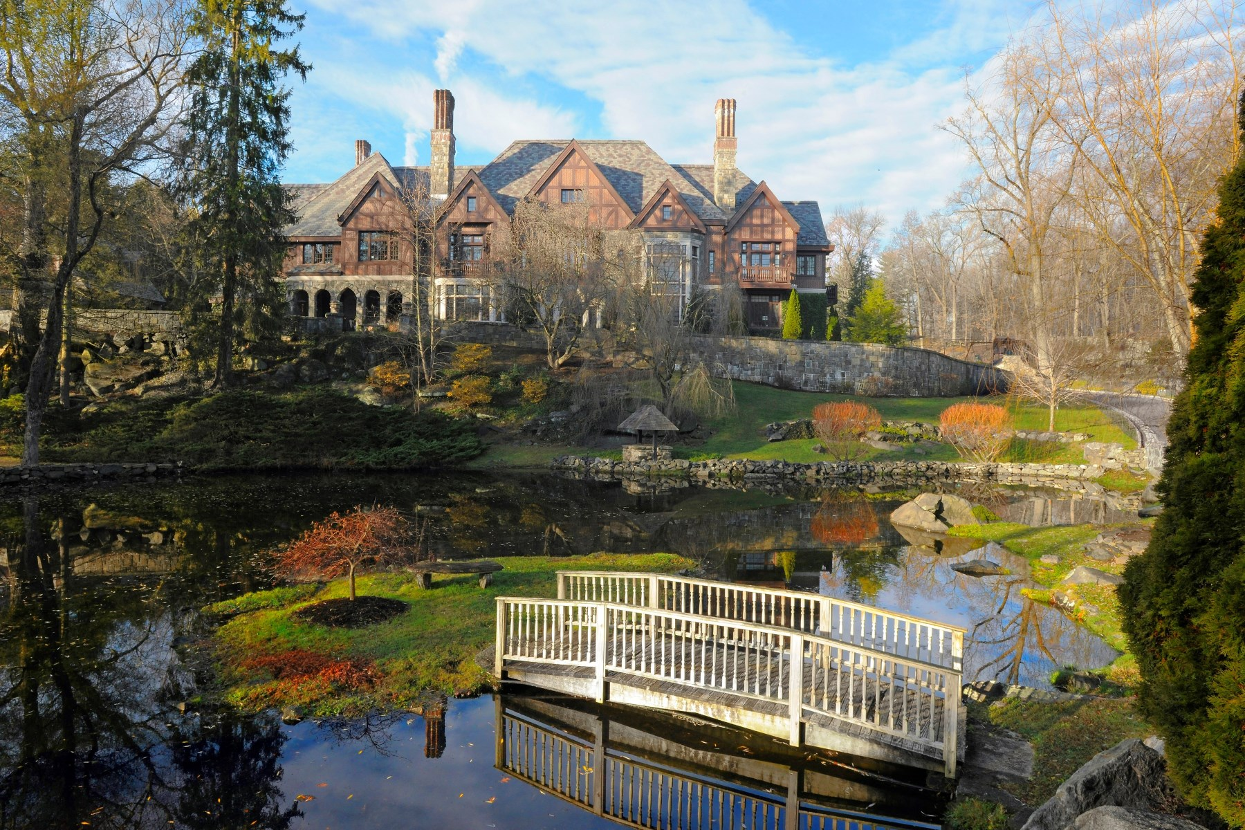 Single Family Home for Sale at Majestic Midcountry Manor South Of Parkway, Greenwich, Connecticut 06831 United States