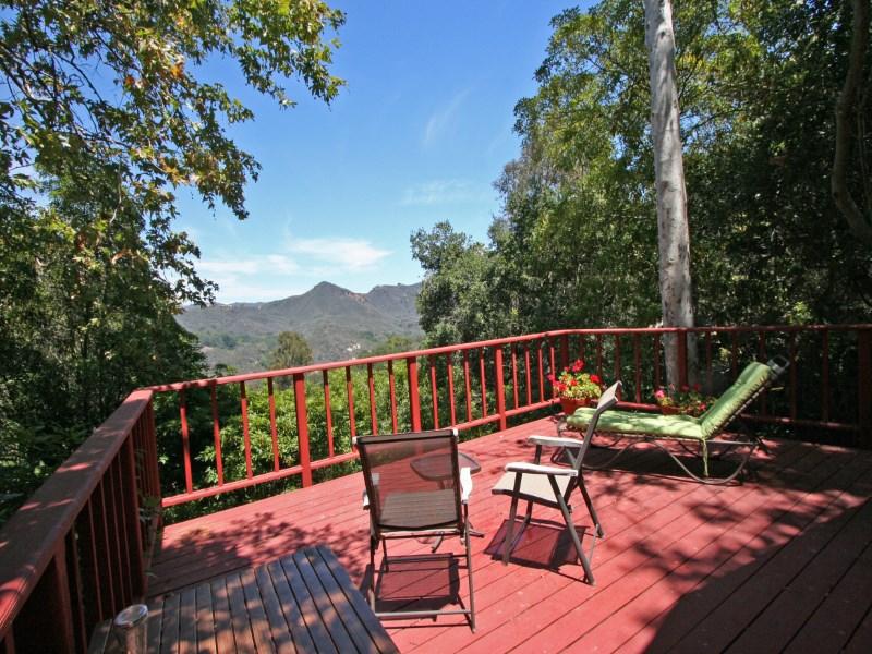 Casa Unifamiliar por un Venta en Gorgeous Views from this little Jewel 1257 Fernwood Pacific Drive Topanga, California 90290 Estados Unidos