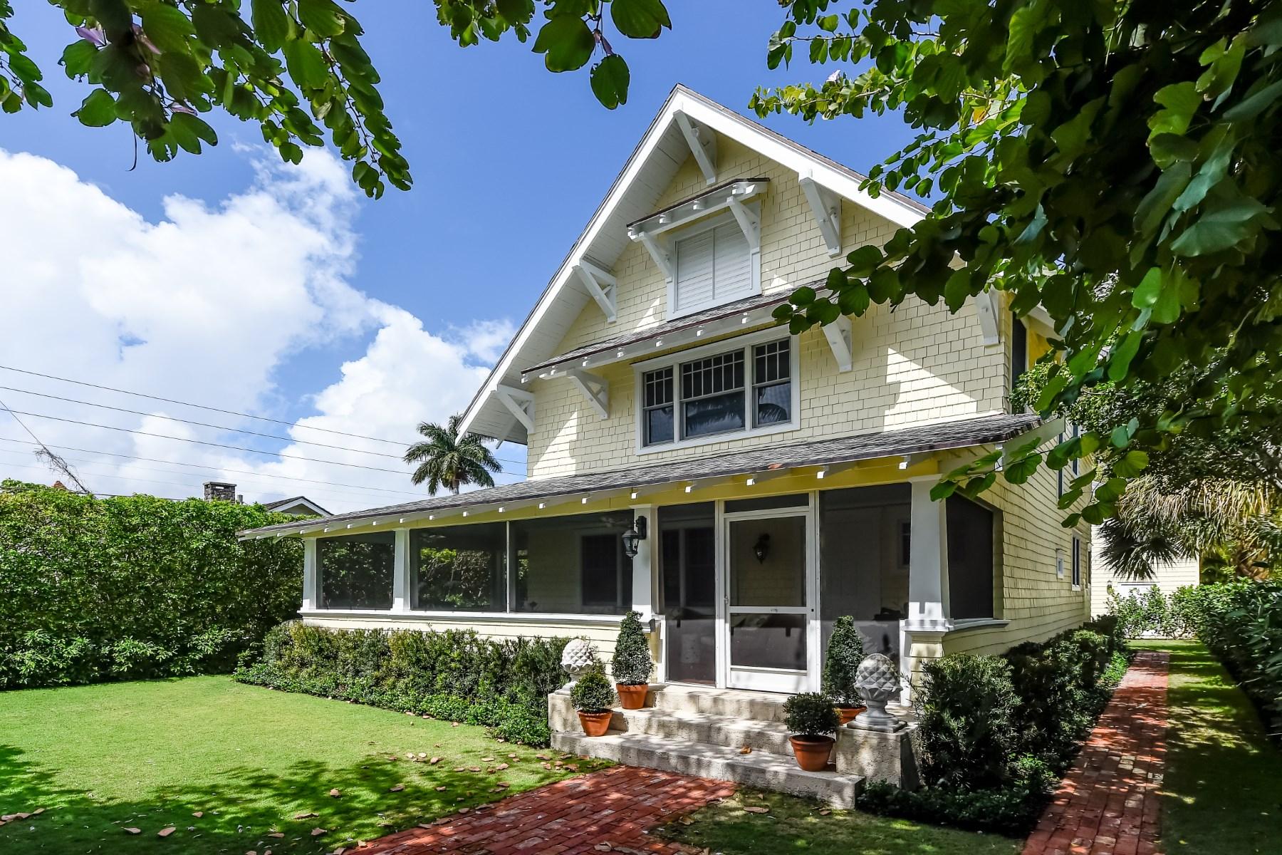 Nhà ở một gia đình vì Bán tại Historic Seabreeze Cottages 357 Seabreeze Ave Palm Beach, Florida 33480 Hoa Kỳ